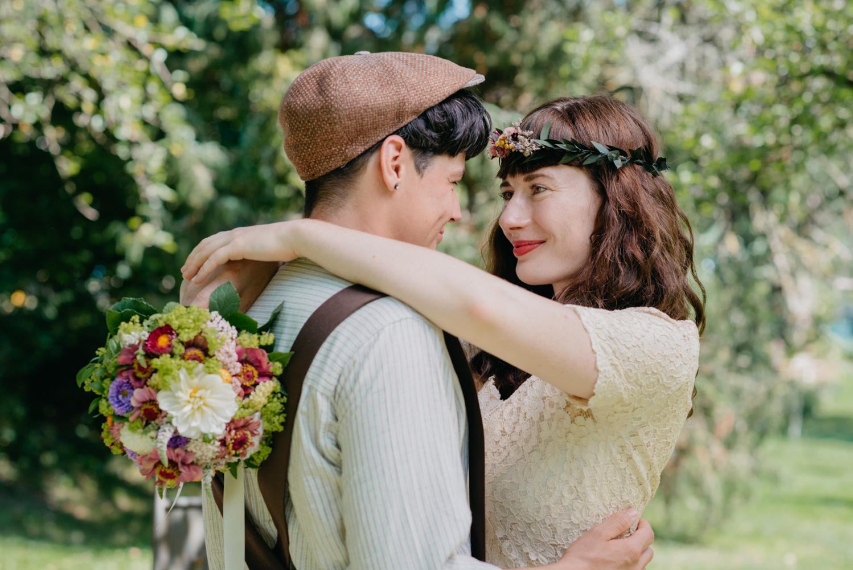 hochzeitsfotografin-wien-pressbaum-villakunterbunt-weddingphotographer-austria-vienna-wewillweddings-7 Hochzeitsfotografin Niederösterreich | Antonia & Cynthia | Villa Kunterbunt