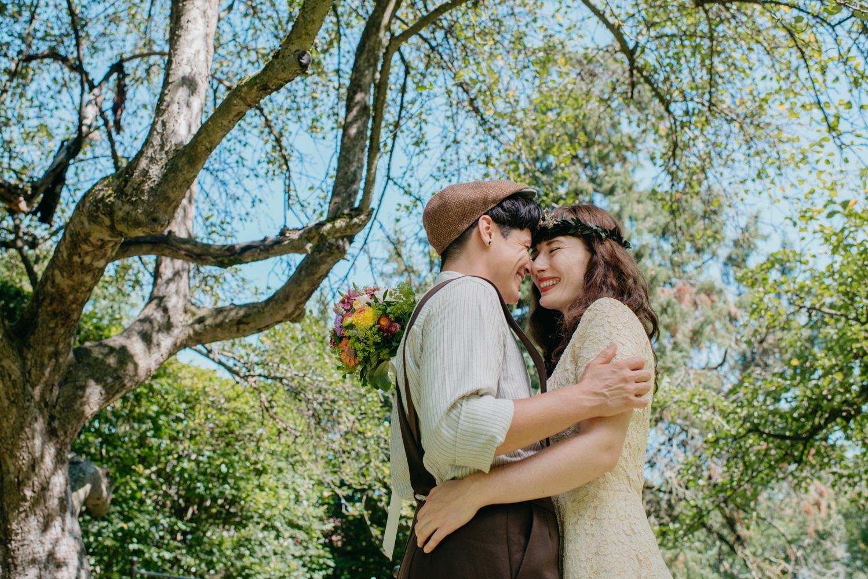hochzeitsfotografin-wien-pressbaum-villakunterbunt-weddingphotographer-austria-vienna-wewillweddings-8 Hochzeitsfotografin Niederösterreich | Antonia & Cynthia | Villa Kunterbunt