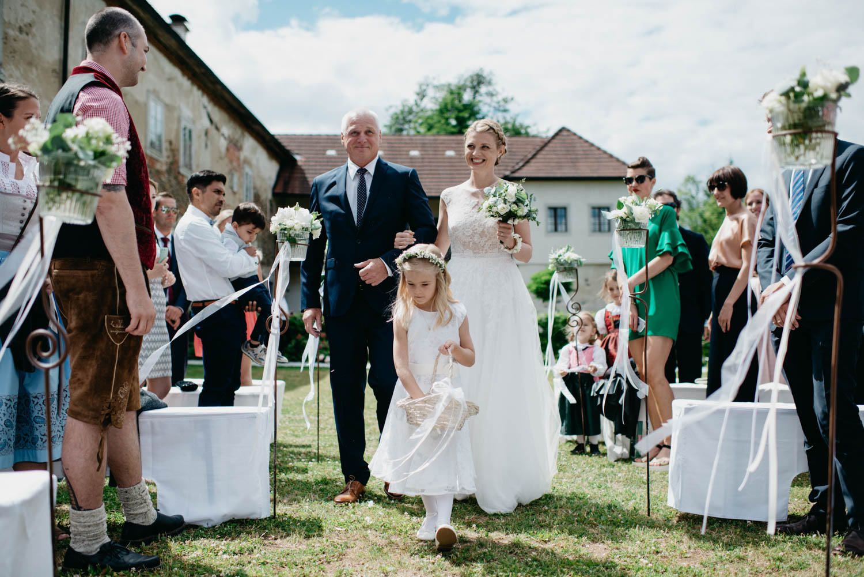 wewillweddings-hochzeitsfotografen-schloss-altenhof-wien-tirol-__sterreich-manuelamichael-91 Hochzeitstipps 3 - Die Trauung | Hochzeitsfotografin Tirol & Wien
