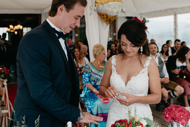 wewillweddings_hochzeitsfotografen_tirol_maierl_alm_wien-76 Hochzeitstipps 3 - Die Trauung | Hochzeitsfotografin Tirol & Wien