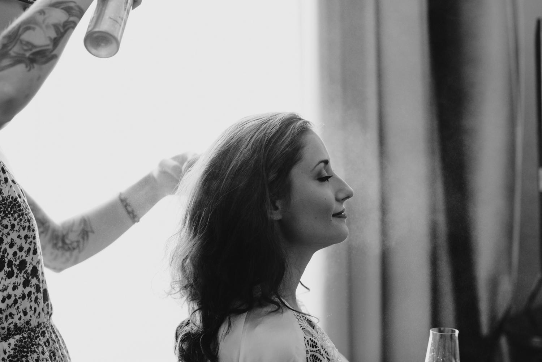 solya-mike-hochzeitsfotografin-hochzeitsfotografen-wien-hermesvilla-wedding-photographer-vienna-austria-54 Hochzeitstipps Teil 1 - Das Getting Ready