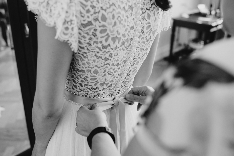 solya-mike-hochzeitsfotografin-hochzeitsfotografen-wien-hermesvilla-wedding-photographer-vienna-austria-66 Hochzeitstipps Teil 1 - Das Getting Ready
