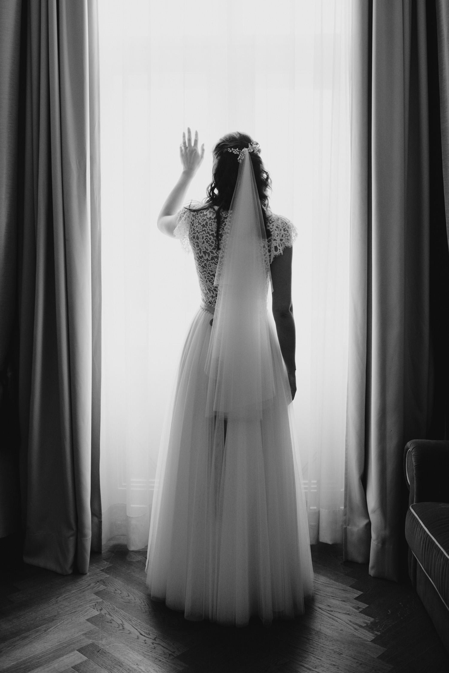 solya-mike-hochzeitsfotografin-hochzeitsfotografen-wien-hermesvilla-wedding-photographer-vienna-austria-71 Hochzeitstipps Teil 1 - Das Getting Ready