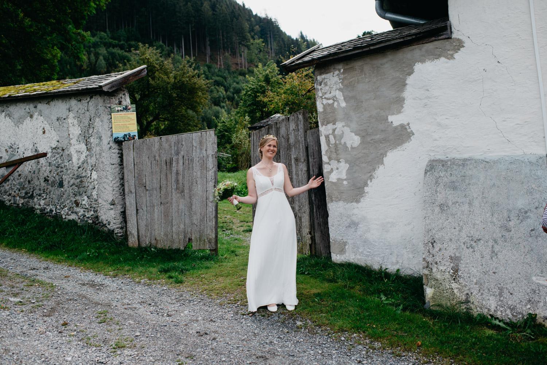 sophie-malte-hochzeitsfotografin-hochzeitsfotografen-salzburg-schloss-kammer-maishofen-wedding-photographer-austria-2 Hochzeitstipps Teil 2 -First Look | Hochzeitsfotografin Tirol