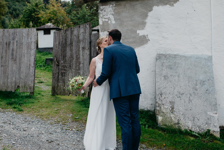 sophie-malte-hochzeitsfotografin-hochzeitsfotografen-salzburg-schloss-kammer-maishofen-wedding-photographer-austria-3 Hochzeitstipps Teil 2 -First Look | Hochzeitsfotografin Tirol