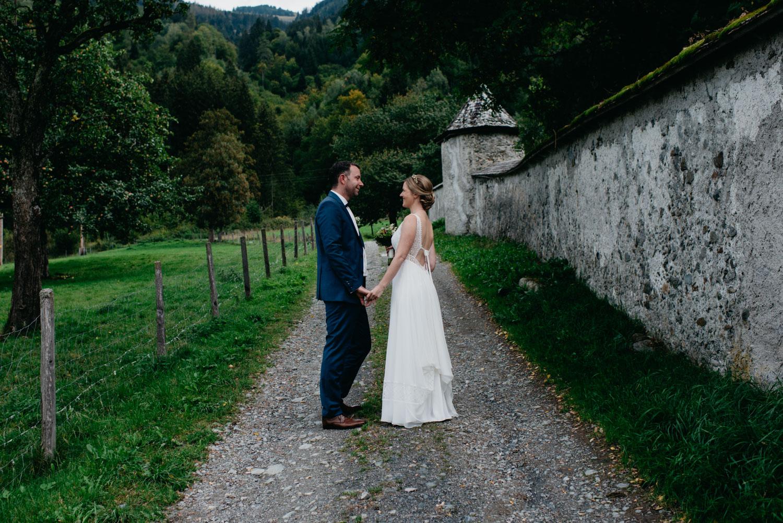 sophie-malte-hochzeitsfotografin-hochzeitsfotografen-salzburg-schloss-kammer-maishofen-wedding-photographer-austria-6 Hochzeitstipps Teil 2 -First Look | Hochzeitsfotografin Tirol